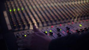 הקלטת שיר לבת מצווה